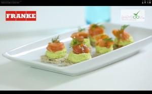 BabyBoomRo-pasta-de-avocado-si-somon-fume-Cornelia-Ghisoi